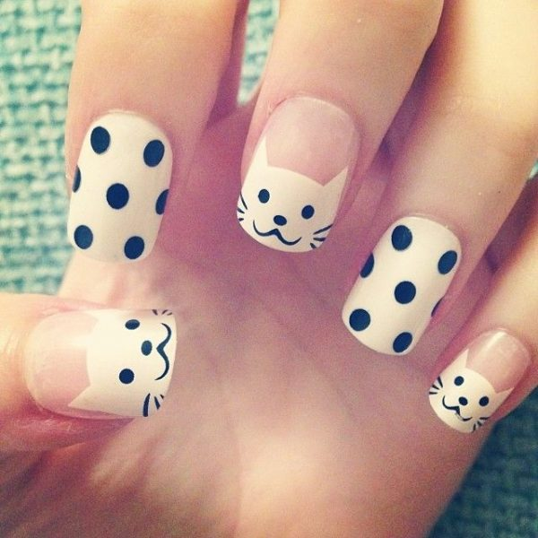 cute cat and dots nails bmodish - 30 Super Creative Black And White Nail Art Designs - Be Modish