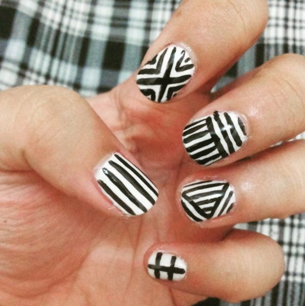 monochrome nails bmodish