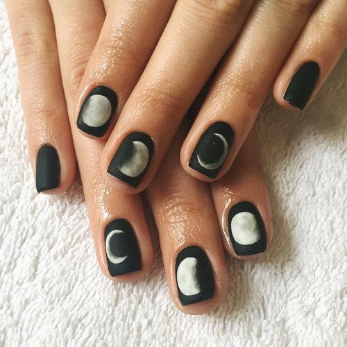moon black white nail art bmodish