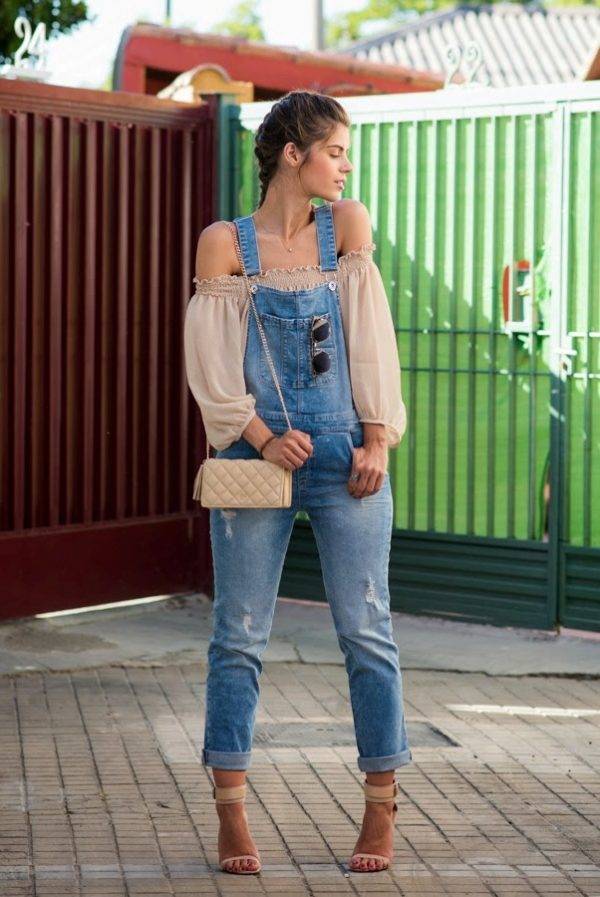 how to wear overall with off shoulder top