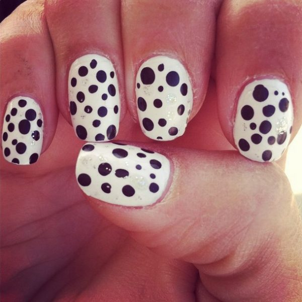 simple polka dots nail design bmodish
