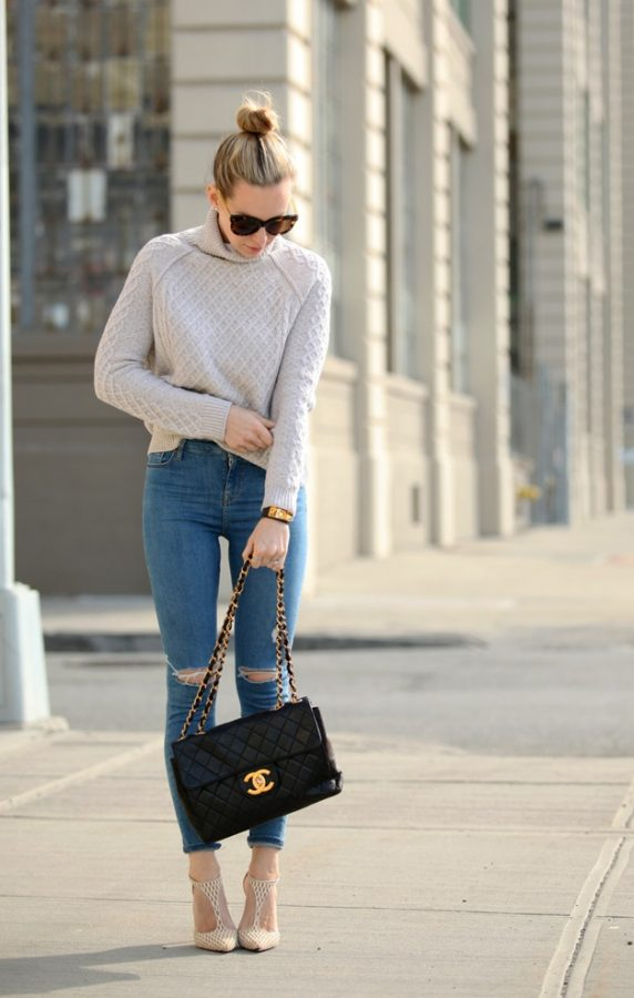 turtleneck sweater with skinny jeans for spring bmodish