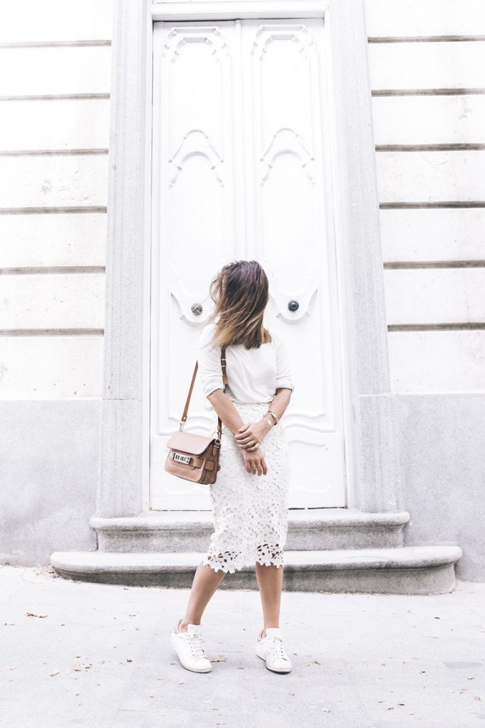 casual outfit lace pencil skirt with basic and sneakers bmodish