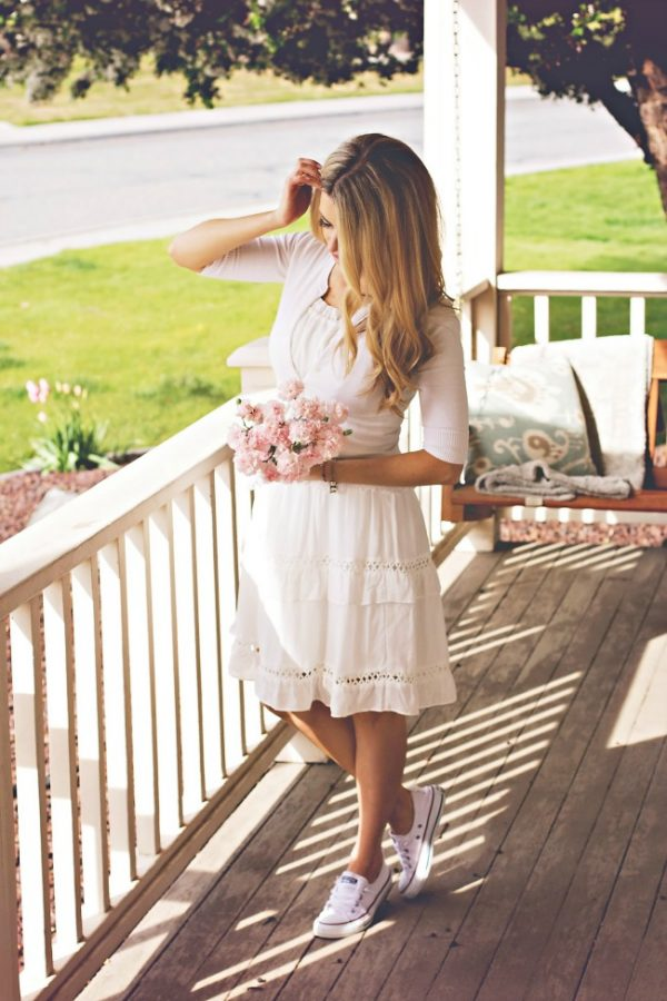 cute white spring summer dress with sneakers bmodish