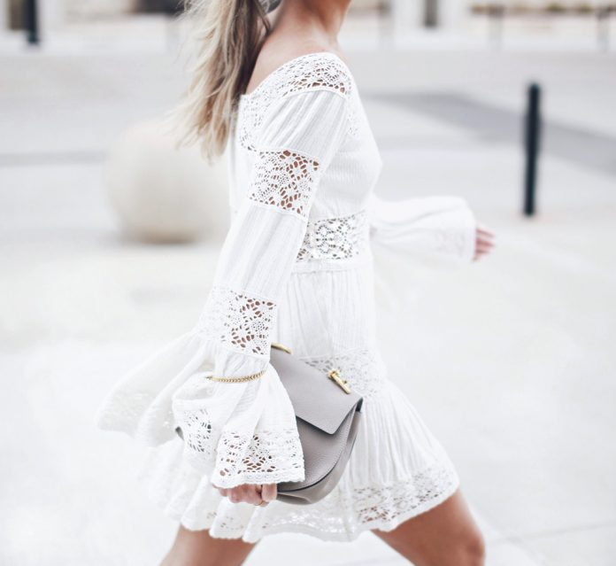 c5f9e61c1e 18 Cute Street Style White Dress Outfit Looks - Be Modish