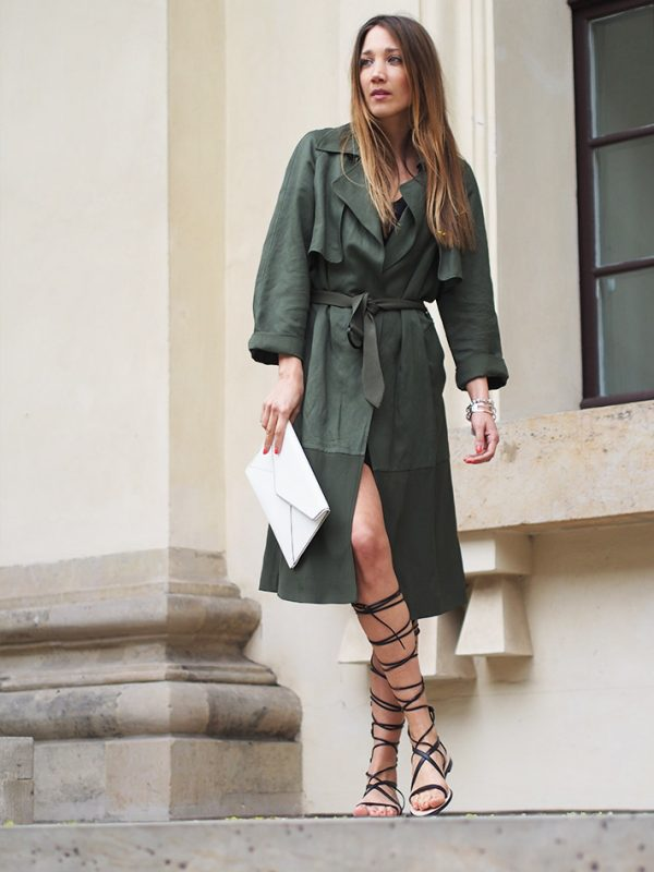 how to wear gladiator sandals in spring