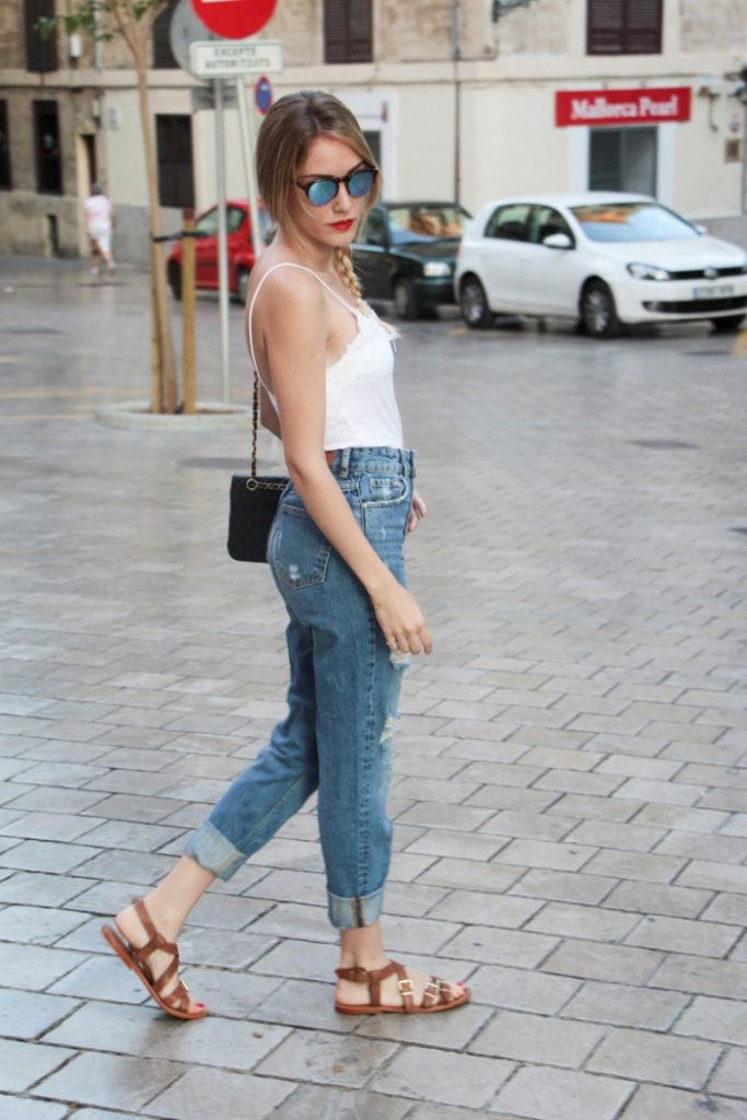 street style boyfriend jeans with gladiator sandals bmodish