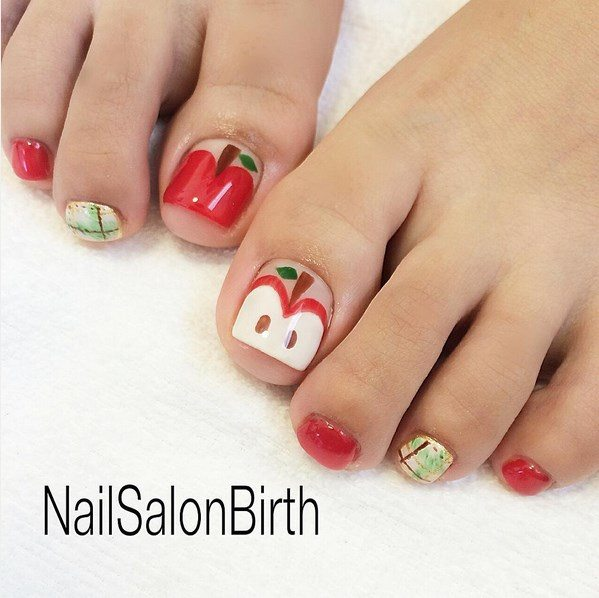 apple toenails bmodish
