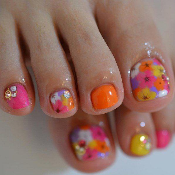 multicolor floral toenails bmodish