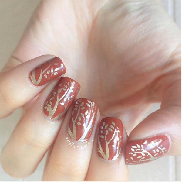 autumnal nails brown with gold stamping bmodish