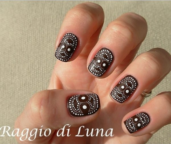 30 crispy and fun brown nail designs be modish brown tribal manicure bmodish prinsesfo Images