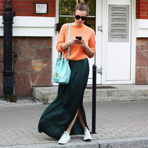 dark green long skirt with sweatshirt bmodish