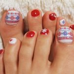 christmas toe nail design
