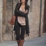 how to wear brown boots with legging