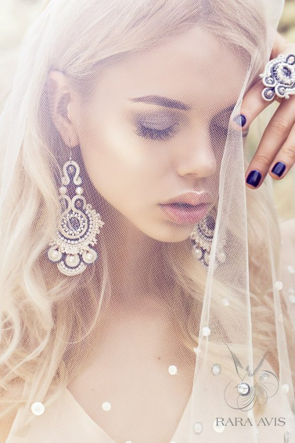 rara avis bridal accessories 26 bmodish