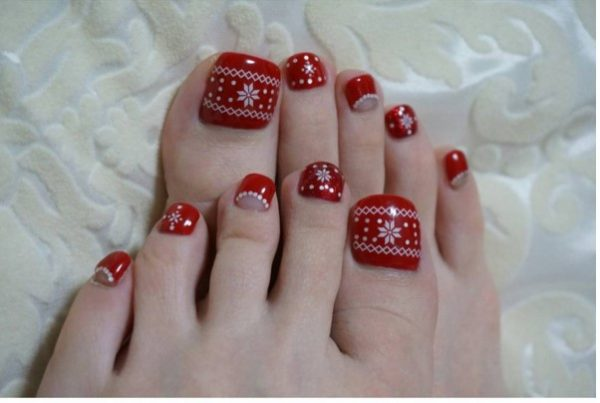 red sweater christmas toe nails bmodish