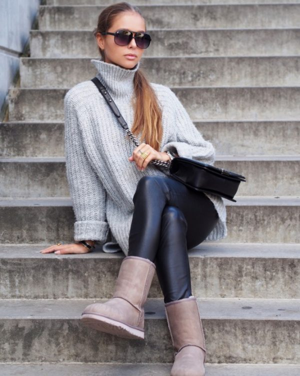 casual grey oversize sweater with leggings and ugg boots fall outfit bmodish