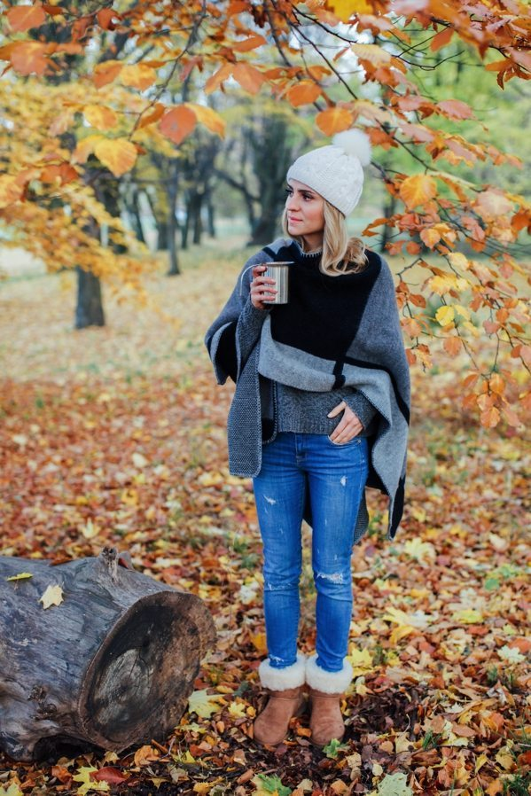 cozy blanket sweater and ugg boots fall winter outfit bmodish