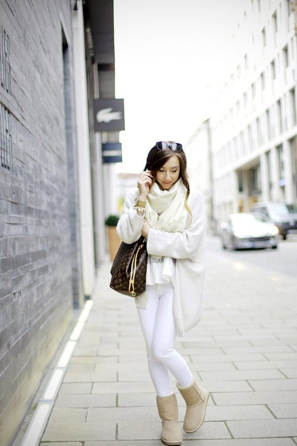 cream ugg boots with white jeans outfit bmodish 2