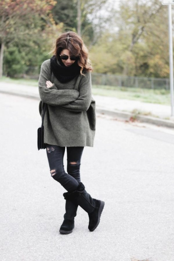 oversize sweater with black ugg boots bmodish