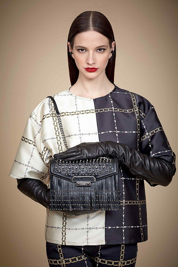 new styles bcf22 37af1 Class Roberto Cavalli Fall Winter 2015 2016 Accessories ...
