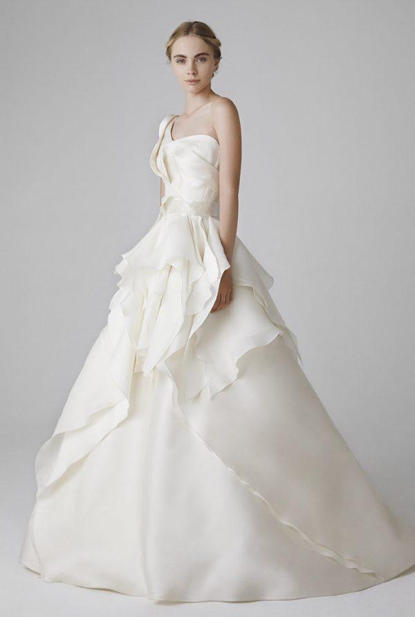 VALERIE FRONT peter langner bridal 2016 1 bmodish
