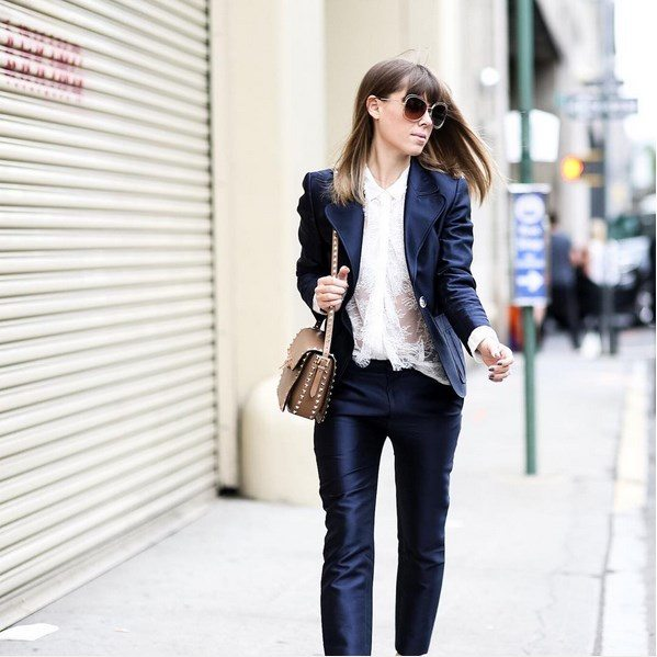 how to wear navy classy suit outfit bmodish