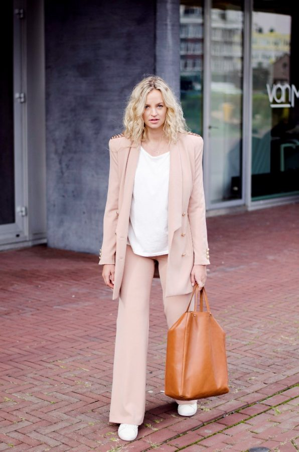 what to wear with pink suit stylish bmodish