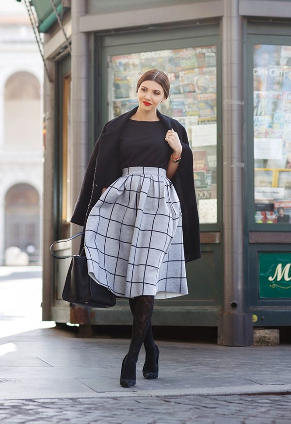 grid midi skirt with patterned tight outfit bmodish