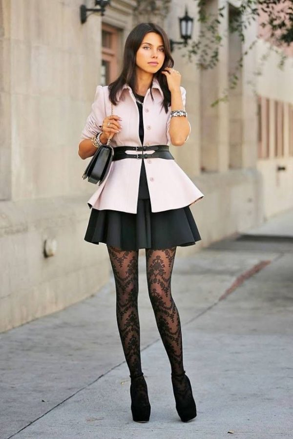 neutral-outfit-with-patterned-tights-bmodish
