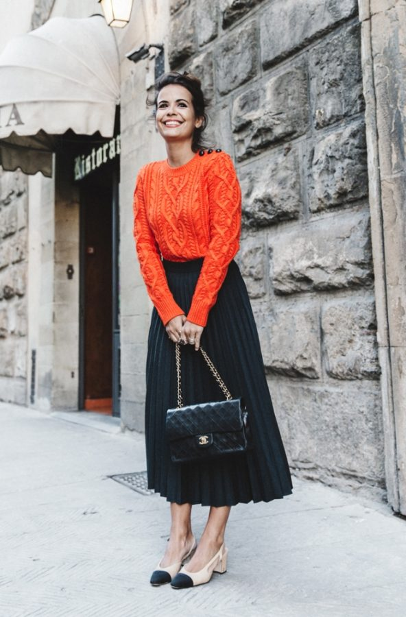 Sweater and Skirt Outfits Combo To Copy Now - Be Modish
