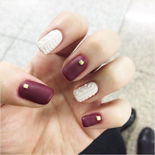 white and burgundy knit nail bmodish