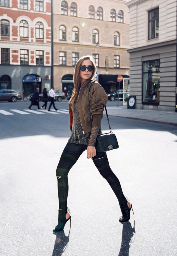 how to wear khaki bomber jacket outfit