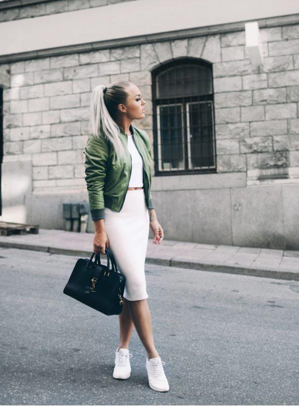 stylish bomber jacket outfit