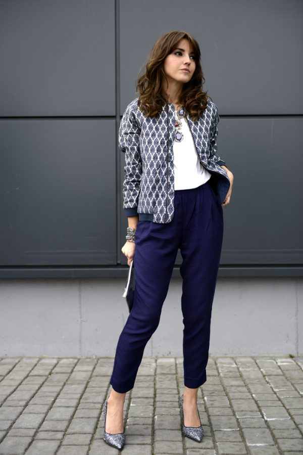 patterned blue bomber jacket spring outfit bmodish