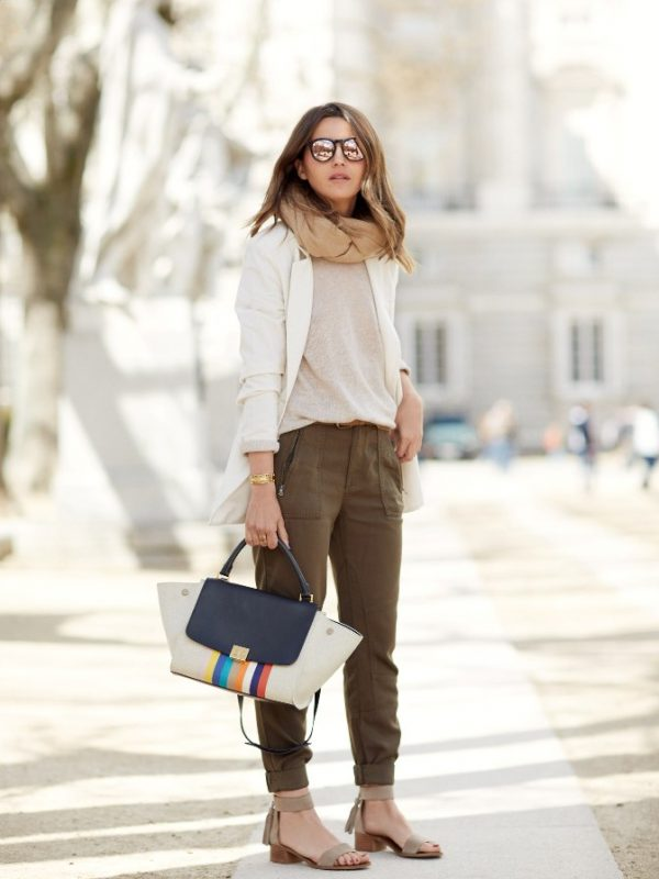 khaki brown pants casual spring outfit bmodish