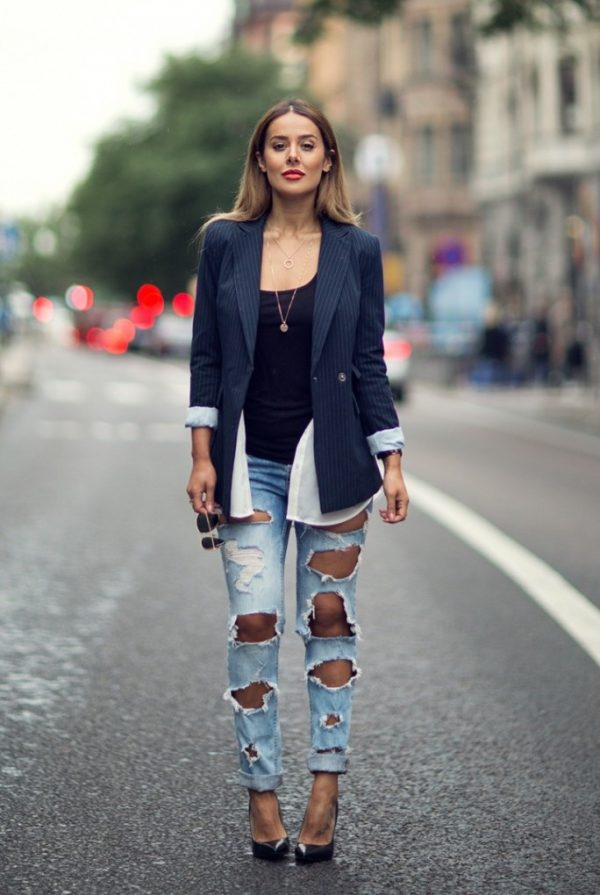 ripped jeans with oversized blazer bmodish