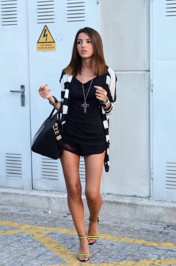 black lace shorts spring outfit bmodish