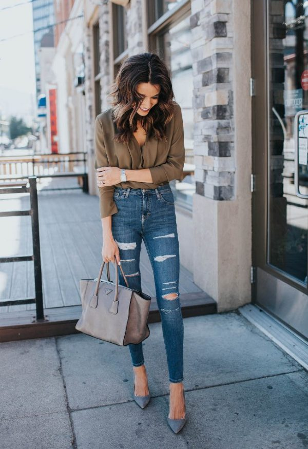 tunic blouse with high waisted ripped jeans outfit bmodish