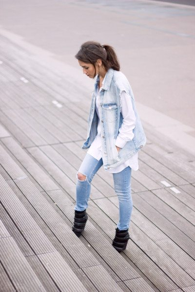 denim-on-denim-vest-outfit