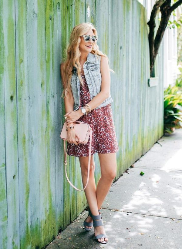 little-floral-dress-with-denim-vest-outfit-bmodish
