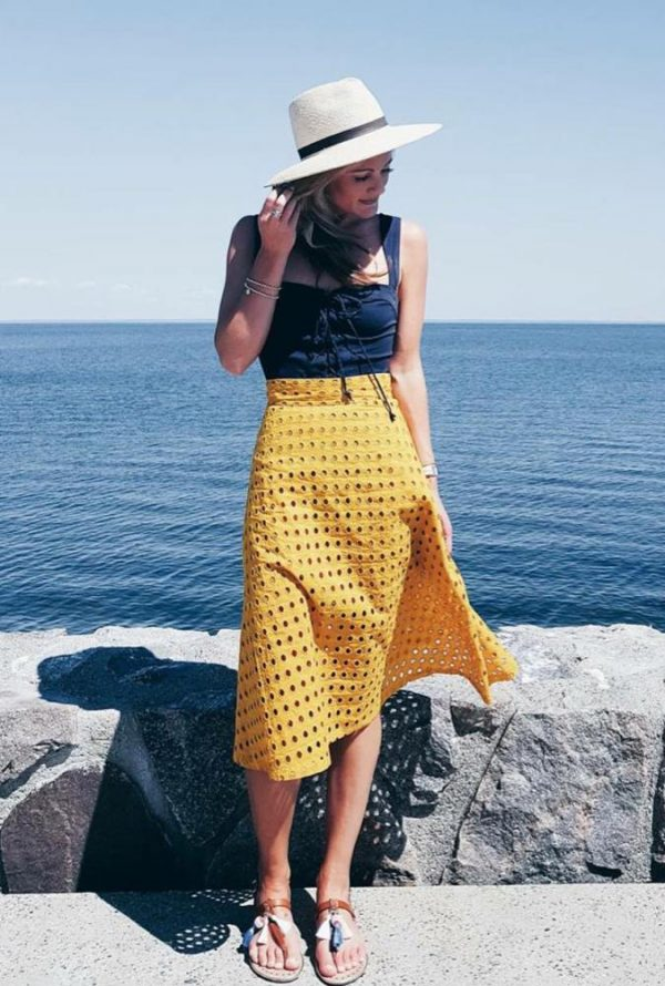 yellow-eyelet-skirt-summer-outfit