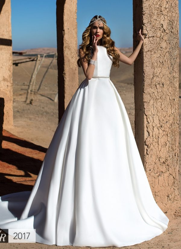 Amira lorenzo rossi wedding dress bmodish