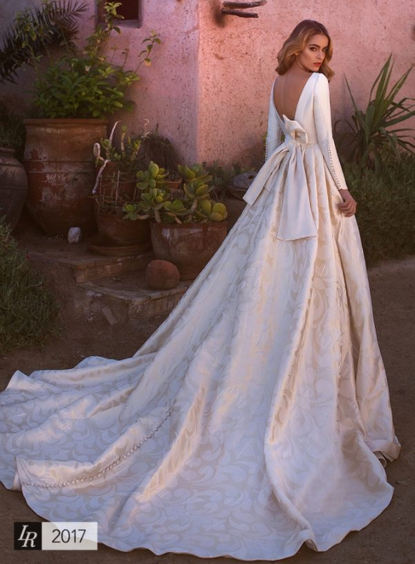 Asia lorenzo rossi wedding dress bmodish