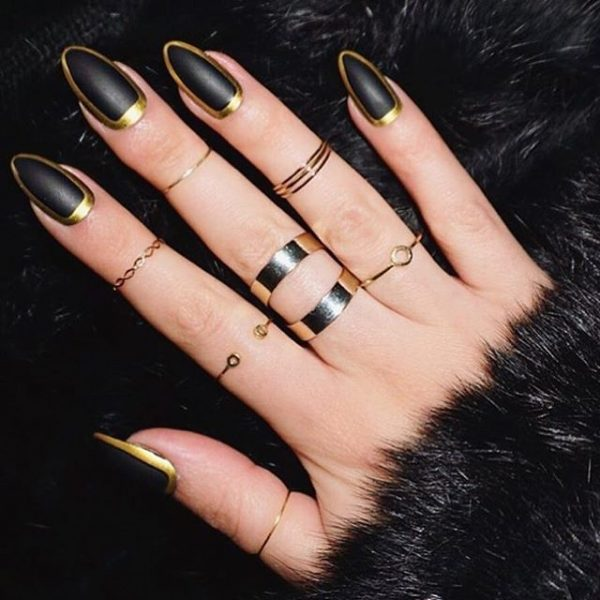 Elegant Black Gold Nails Bmodish