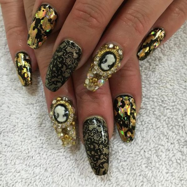 glamorous gold and black nail art bmodish