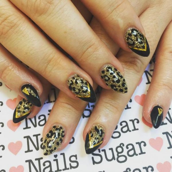 leopard black and gold nail designs bmodish - Glamorous Black And Gold Nail Designs - Be Modish
