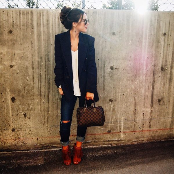 navy vintage long blazer casual outfit bmodish