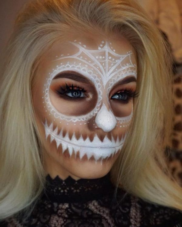 Freaky Fun Halloween Makeup Ideas That Will Make You Stand Out ...