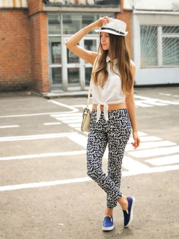 cute summer printed jogger pants outfit bmodish